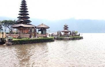 Water Sport and Uluwatu Temple